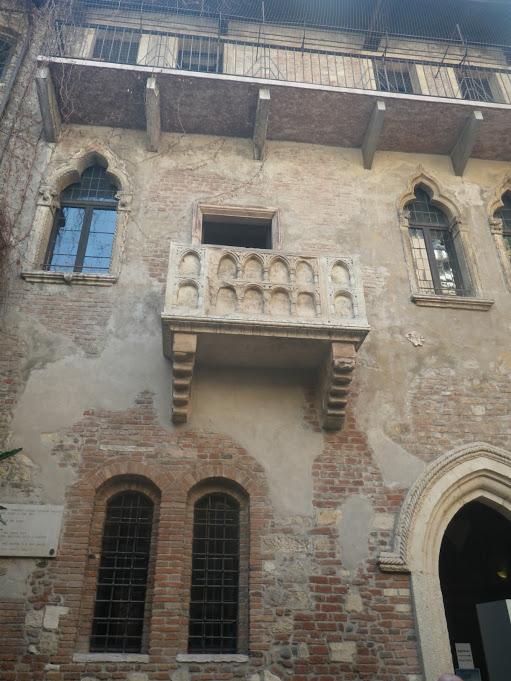 GC6VA60 ( M.S.G. ) Il Balcone di Giulietta (Traditional Cache) in ...